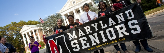 Maryland Seniors photo with President Loh